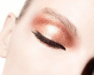 stila model eye